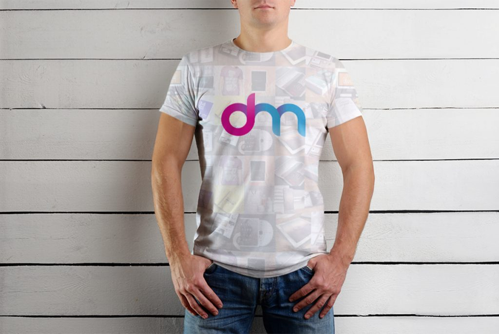 download male t shirt mockup template psd at